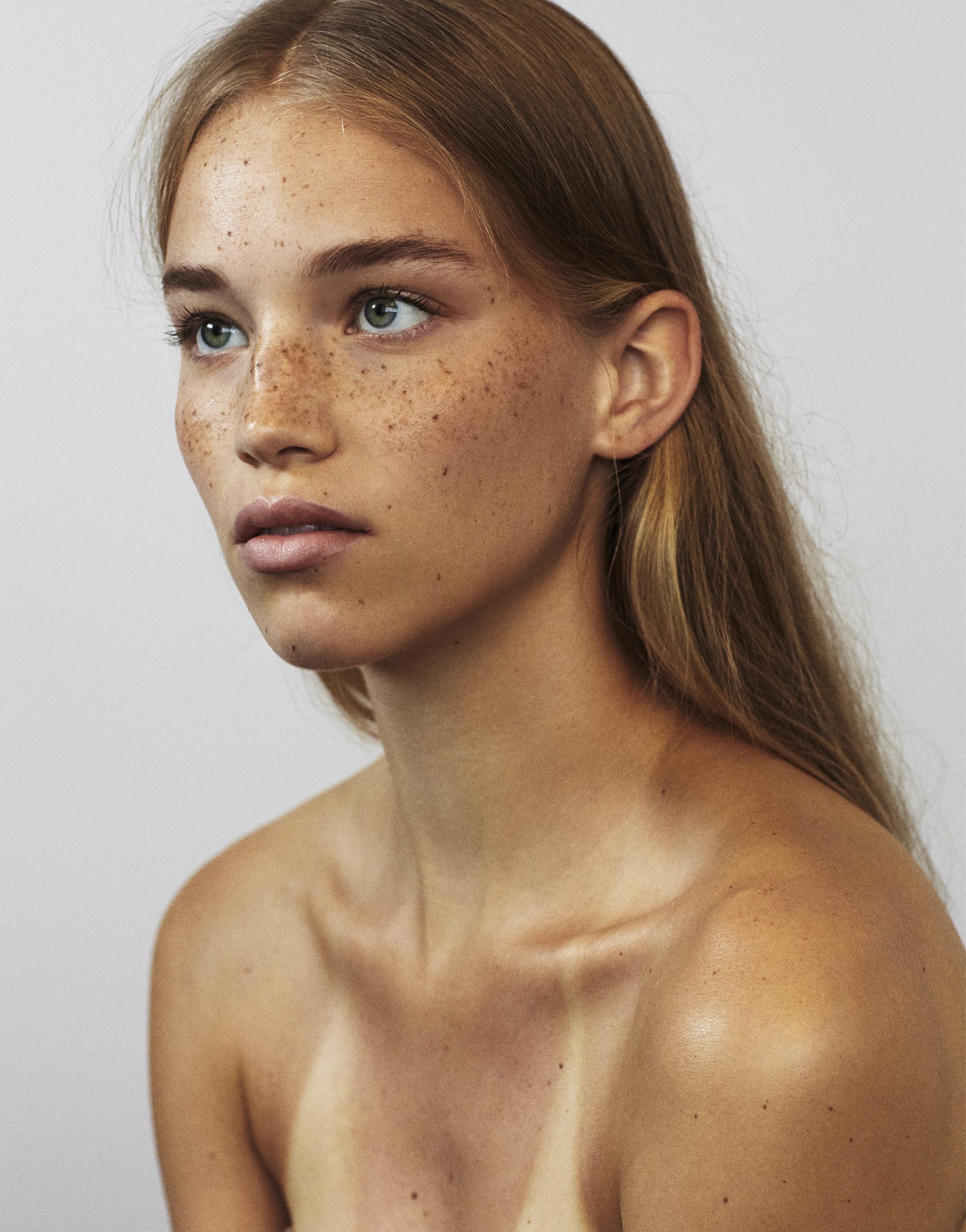 Linda Gradin : 24